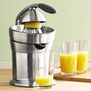 Masticating Juicers Versus Centrifugal Juicers