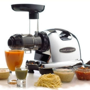 Omega J8006 Commercial Masticating Juicer Review